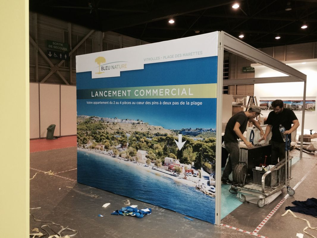 Salon de l 39 immobilier stand sagec pose d 39 enseignes et for Salon de l immobilier marseille